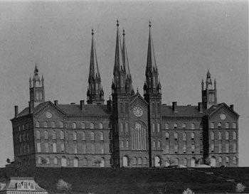 Troy University Building / Seminary