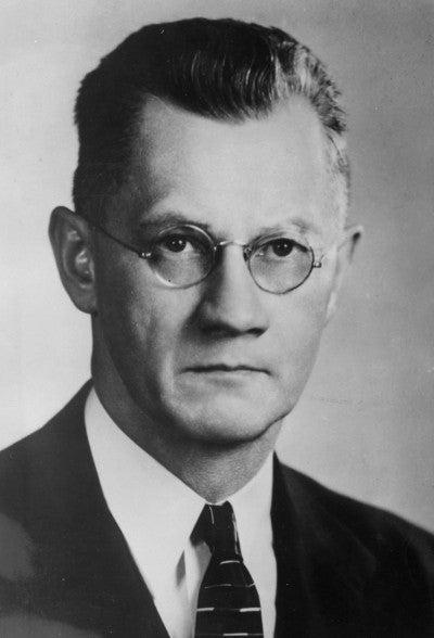Black-and-white head-and-shoulders photograph of Paul E. Hemke