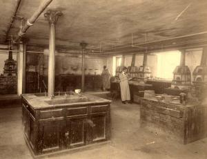 Winslow Building interior laboratory (date unknown)